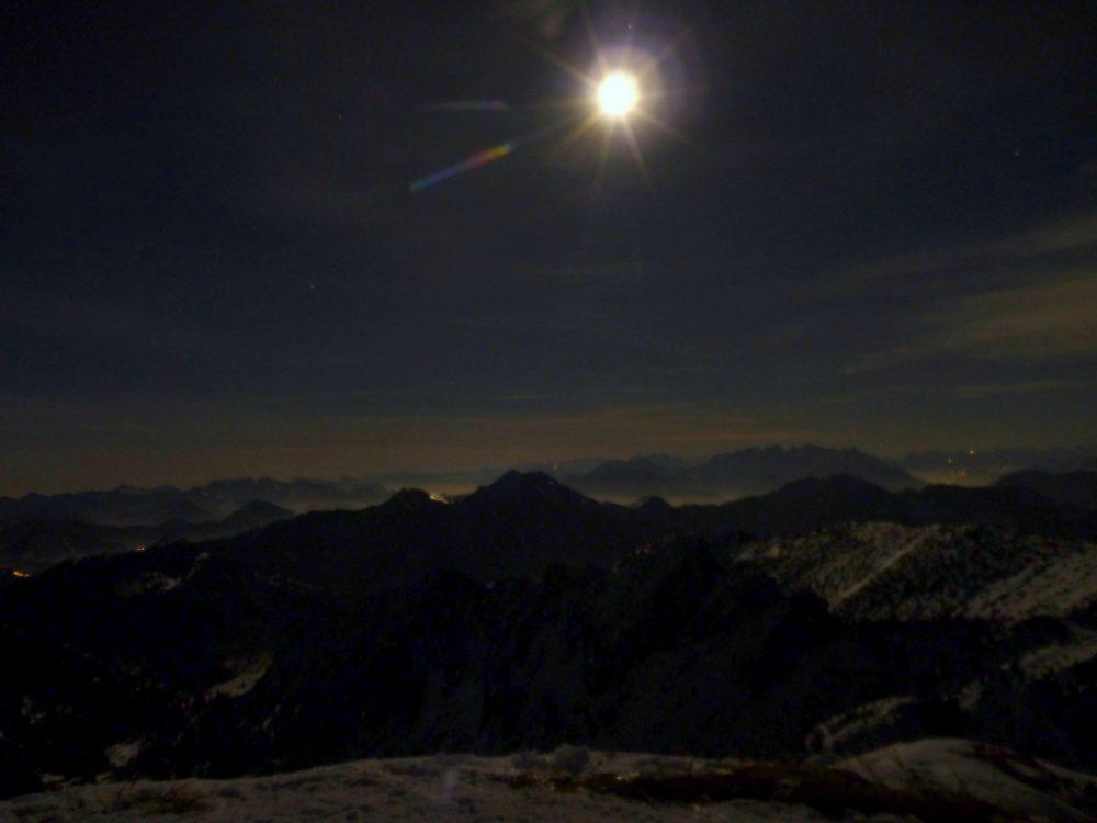 Schneeschuh-Mondscheinrunde